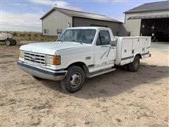 1989 Ford F350 2WD Dually Service Pickup