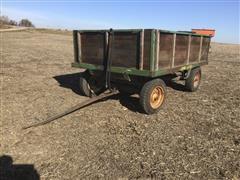 John Deere Vintage Hyd Harvest Wagon On JD Running Gear