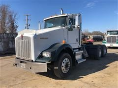 2009 Kenworth T800 T/A Day Cab Truck Tractor