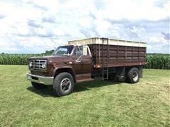 1980 GMC 7000 Grain Truck