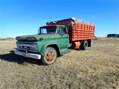 1961 Chevrolet C6500 Viking S/A Grain Truck (INOPERABLE)