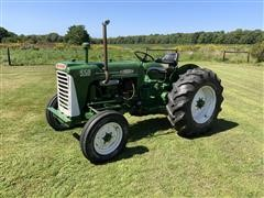 1960 Oliver 550 2WD Tractor