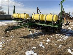 2000 John Deere 1750 8R30 Planter