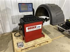 Coats 1250-3D Wheel & Tire Balancer
