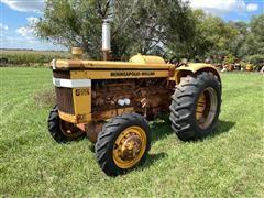1964 Minneapolis-Moline G706 LP MFWD Tractor