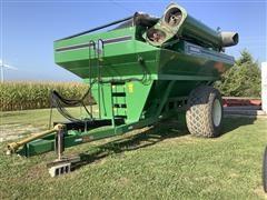 Parker 810 Grain Cart
