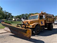 1992 International 4900 S/A Dump Truck W/Blade & Salt Spreader