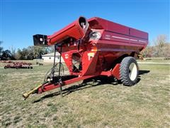 J&M 1151 Grain Cart