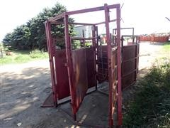 Linn Post & Pipe Cattle Working Corral