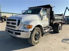 2011 Ford F750 4x2 Dump Truck