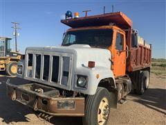 1994 International 2574 T/A Dump Truck