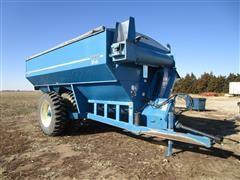 Kinze 1040 Row Crop Grain Cart W/Poly Lined Auger Bottom
