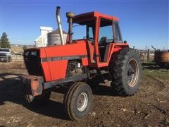 1972 Case 1370 2WD Tractor