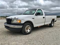 2000 Ford F150 XL 2WD Pickup