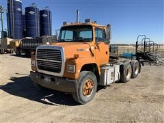 1997 Ford L9000 T/A Truck Tractor