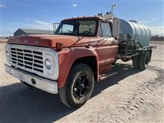 1975 Ford F700 S/A Water Truck