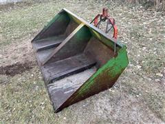Gnuse 3-Pt Hydraulic Bucket