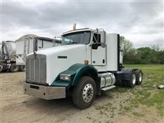 2015 Kenworth T800 T/A Day Cab Truck Tractor