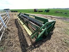1976 John Deere 220 Rigid Header