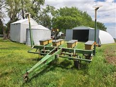 """John Deere 7000 4R38"""" Planter"""