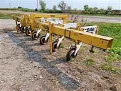 Buffalo 6600 6 Row Cultivator