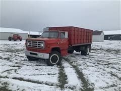 1988 GMC 7000 Grain Truck