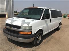 2007 Chevrolet 3500 Express 13 Passenger Van