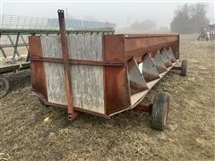 Feterl 20' Portable Feed Wagon