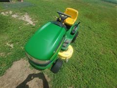 John Deere 115 Riding Lawn Mower