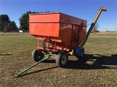 Wagon With Auger