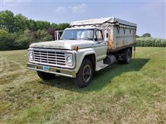 1975 Ford F750 S/A Grain Truck