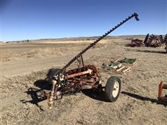 International 1100 9' Sickle Mower