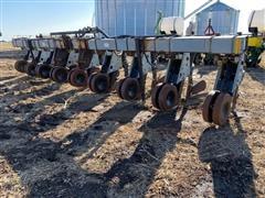 """Hiniker 5000 8R30"""" 3-Pt Row Crop Cultivator/Hiller/Ridger"""