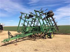 1998 John Deere 980 30' Field Cultivator