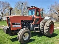1979 Allis-Chalmers 7060 2WD Tractor