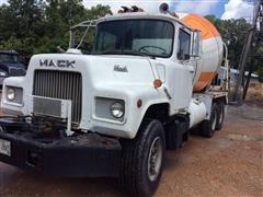 1985 Mack DM685S T/A Cement Truck