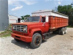 1974 GMC 6500 T/A Grain Truck