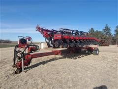 Case IH 1200 12R30 Pivot Planter W/Transport