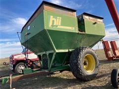 Bradford 750 Grain Cart