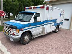 1999 Ford E-SuperDuty Wheeled Coach Ambulance