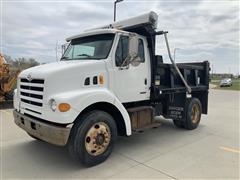 2000 Sterling L7500 4x2 Dump Truck