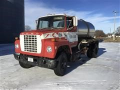 1982 Ford LN800 S/A Liquid Tender Truck