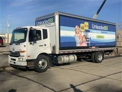 2012 Nissan-UD UD2600R 26' Cargo Truck W/Liftgate