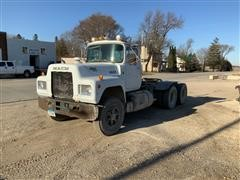 1985 Mack R686ST T/A Truck Tractor