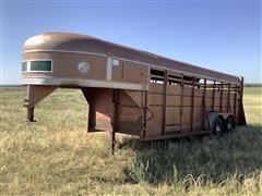 1980 Sooner Gooseneck T/A Livestock Trailer