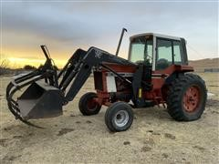 1977 International Hydro 186 2WD Tractor W/Loader