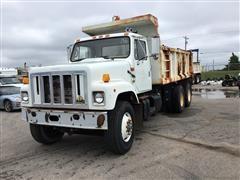 1999 International 2574 T/A Dump Truck