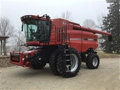 2007 Case IH 7010 AFS 2WD Combine