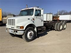 1999 International 4900 Cab & Chassis
