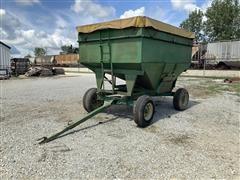 Unverferth 225 Gravity Wagon W/John Deere Running Gear